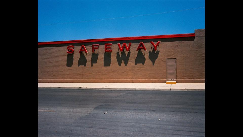 Safewayby Wim Wenders