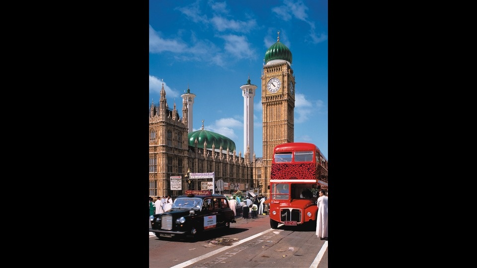 Londonby AES+F