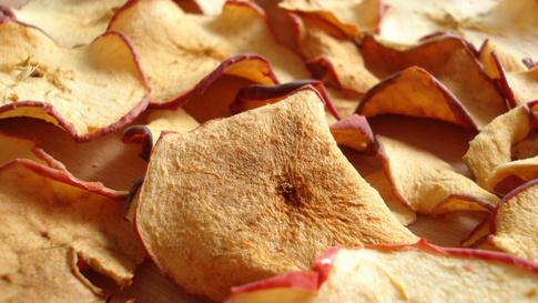 Bodegón Con Manzanas Secas