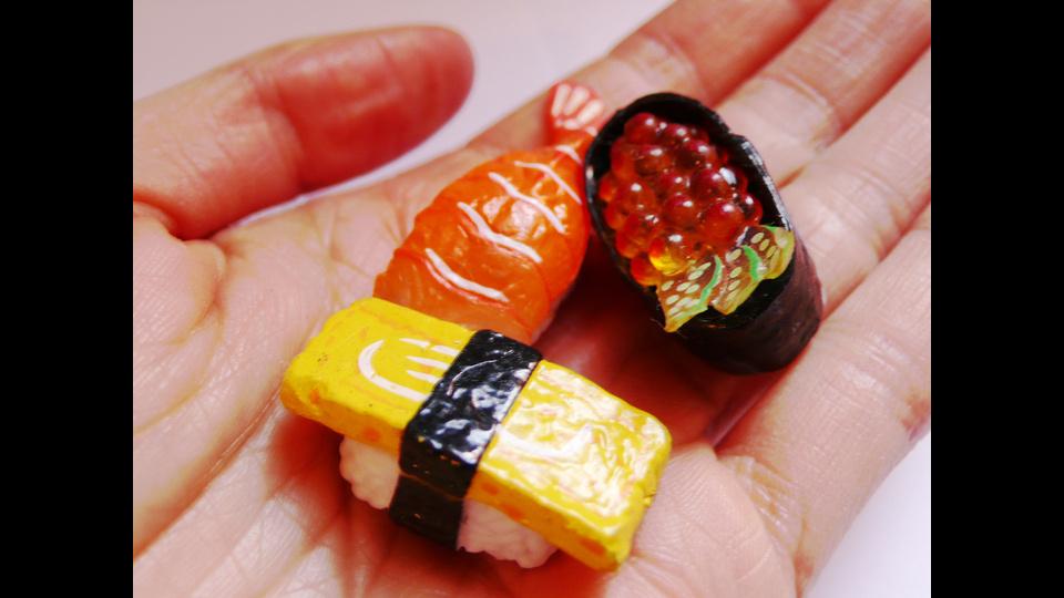 Nowhereland Sushi Handby Eugenia Lim