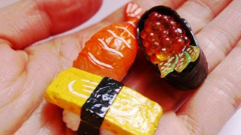 Nowhereland Sushi Hand