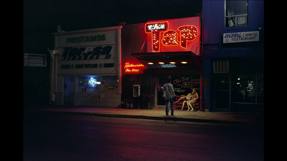 A Neon Light, El Pasoby Noritoshi Hirakawa