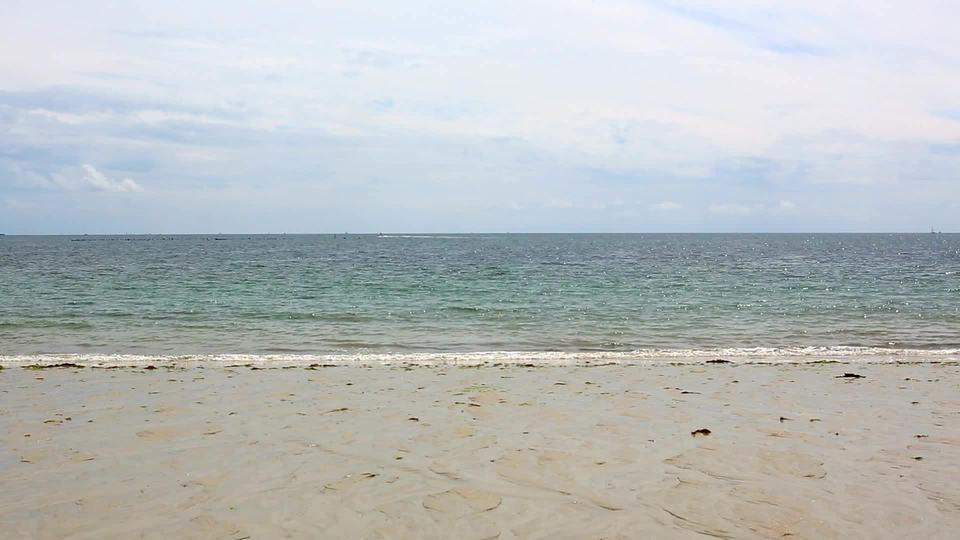 Ocean 32by Enzo Roff