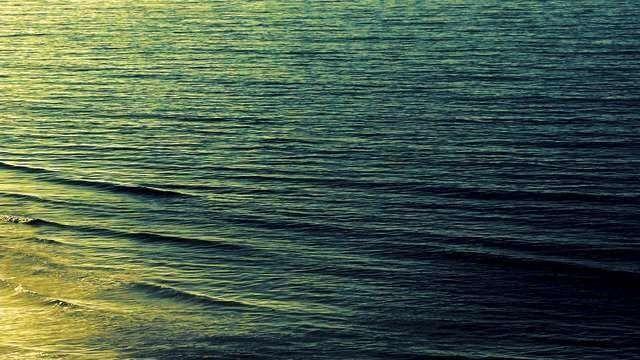 Waves in Sunrise